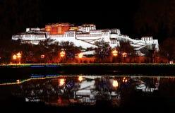 Дворец Potala (в Лхасе, Тибете) стоковое изображение