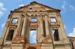 Дворец RuzhanskÑ- дворца Ruzhansky, архитектурноакустический памятник столетия XVII Стоковое фото RF