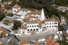 Дворец Sintra - около Лиссабона - Португалии стоковые фотографии rf