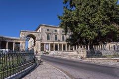 Дворец St Michael и St. George в городке Греции Корфу стоковое изображение