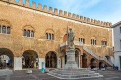 Дворец Trecento на Signiori места в Тревизо Стоковое Изображение