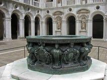 дворец venice Италии фонтана doge Стоковые Фотографии RF