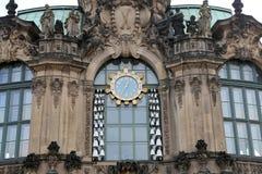 Дворец Zwinger (Der Dresdner Zwinger) в Дрездене, Германии Стоковые Фото