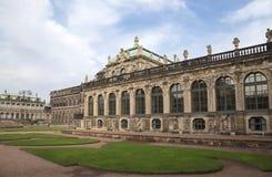Дворец Zwinger (Der Dresdner Zwinger) в Дрездене, Германии Стоковое Фото