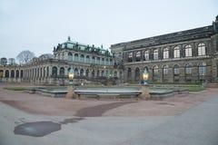 Дворец Zwinger (Der Dresdner Zwinger) в Дрездене, Германии Стоковая Фотография