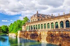 Дворец Zwinger (Der Dresdner Zwinger) Стоковые Фотографии RF