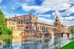 Дворец Zwinger (Der Dresdner Zwinger) Стоковое Изображение