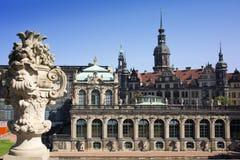Дворец Zwinger, XVIII столетие - известное историческое здание в Дрездене стоковые изображения