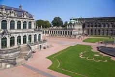 Дворец Zwinger, XVIII столетие - известное историческое здание в Дрездене стоковое фото rf