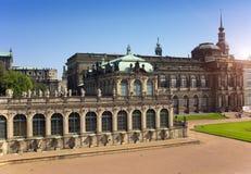 Дворец Zwinger, XVIII столетие - известное историческое здание стоковая фотография rf