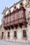 Дворца архиепископа на мэре площади в Лиме, Перу Стоковое фото RF