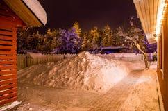 Двор в зиме с сериями снега Стоковая Фотография RF