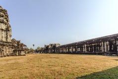 Двор в Angkor Wat, Siem Riep, Камбодже Стоковое фото RF