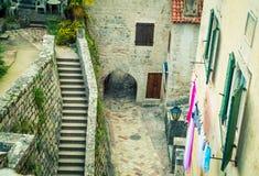 Двор в Kotor Стоковое фото RF
