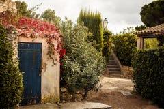 Двор в St Tropez стоковая фотография rf