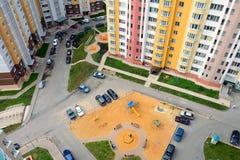 Двор жилого дома в городе, взгляде сверху Стоковые Фотографии RF