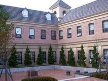 Двор кирпичного здания Стоковое фото RF