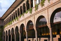 Двор монастыря Санто Доминго в комплексе Koricancha, Cusco Стоковое Изображение RF