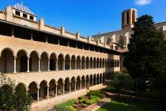 Двор монастыря Pedralbes на Барселоне Стоковое Фото
