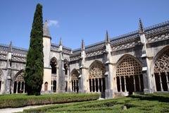 Двор монастыря Santa Maria da Vitoria в Batalha Стоковые Фото