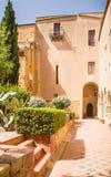 Двор монастыря Santo Spirito в Агридженте Стоковые Фотографии RF