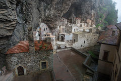 Двор монастыря Sumela Стоковые Фото