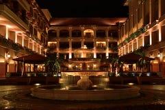 Двор роскошного отеля стоковое изображение rf