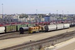 Двор Сан-Диего Калифорния вагонетки и поезда стоковое фото rf