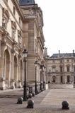 Двор LouvreParis стоковые изображения rf