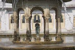 Двор Saheliyon-ki-Бари девушек главный сад i стоковые фотографии rf