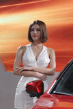 Дебют одежды западн-стиля китайской женской модели нося Стоковые Изображения RF