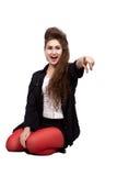 Девочка-подросток в черных и красных одеждах Стоковые Фото