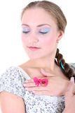 девушка бабочки вручает ее Стоковое фото RF