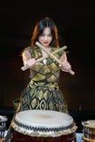 Девушка барабанщика Стоковые Изображения