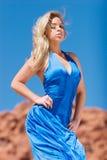 девушка белокурого платья модная сексуальная Стоковое фото RF