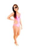 Девушка бикини с солнечными очками. Стоковые Изображения RF