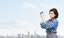 Девушка битника с photocamera стоковое фото rf