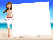 девушка брюнет пляжа Стоковые Изображения