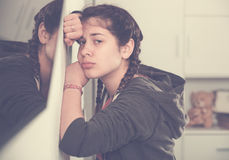 Девушка быть унылый стоковое фото rf