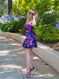Девушка в ботинках высокой пятки Стоковые Изображения