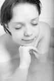 Девушка в ванне Стоковое Фото