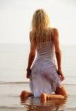 Девушка в воде Стоковое Изображение