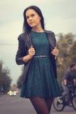 Девушка в городе Стоковое Изображение RF