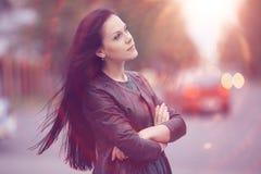 Девушка в городе Стоковые Изображения