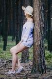 Девушка в древесинах Стоковые Изображения RF