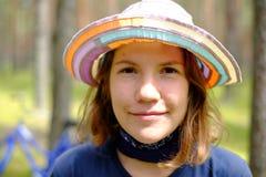 Девушка в древесинах Стоковые Фото