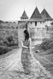 Девушка в длинном платье Стоковое фото RF