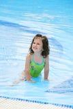 Девушка в костюме заплывания Стоковые Изображения
