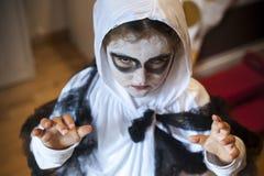 Девушка в костюме призрака Стоковое фото RF