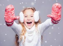 Девушка в одеждах зимы Стоковые Фотографии RF